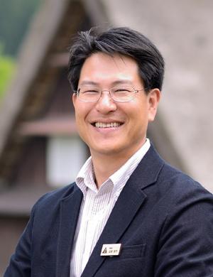 山田 俊行 氏